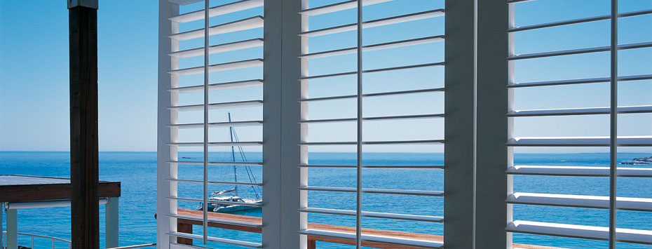 Blinds and Curtains - Outdoor Blinds
