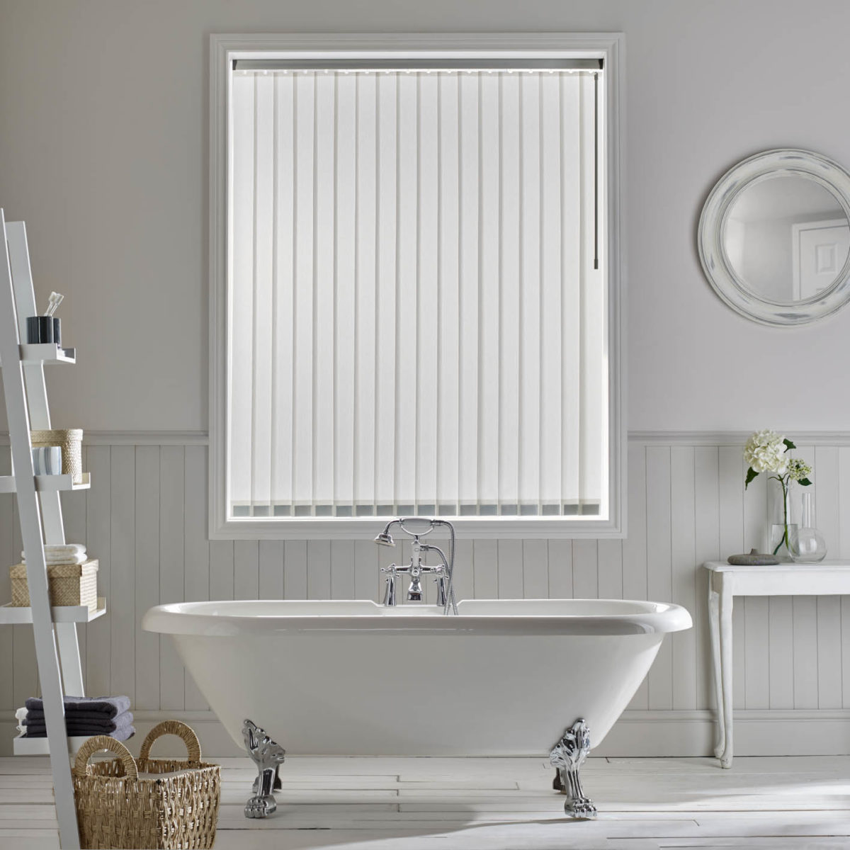 What Are The Best Types Of Blinds For Laundries And Bathrooms?