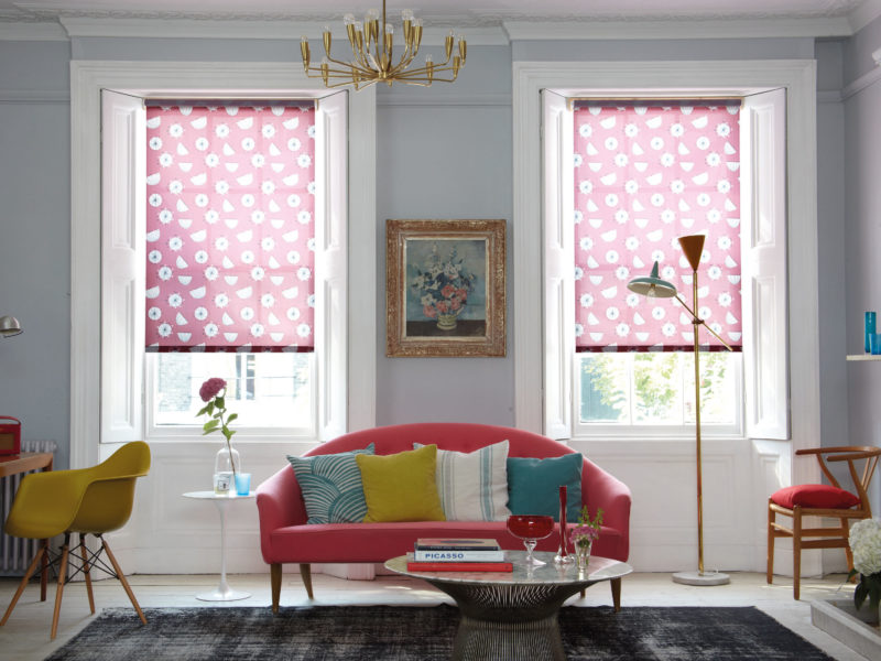 6 Ways To Complement Your Home With Colourful Blinds