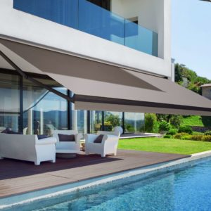 Winter Series: Part 4/6 Can Retractable Awnings Be Used In The Rain?