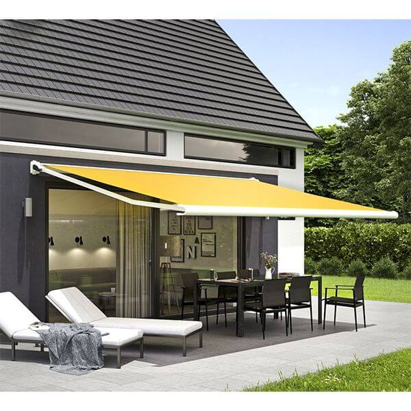 Retractable Awnings Use In Rain