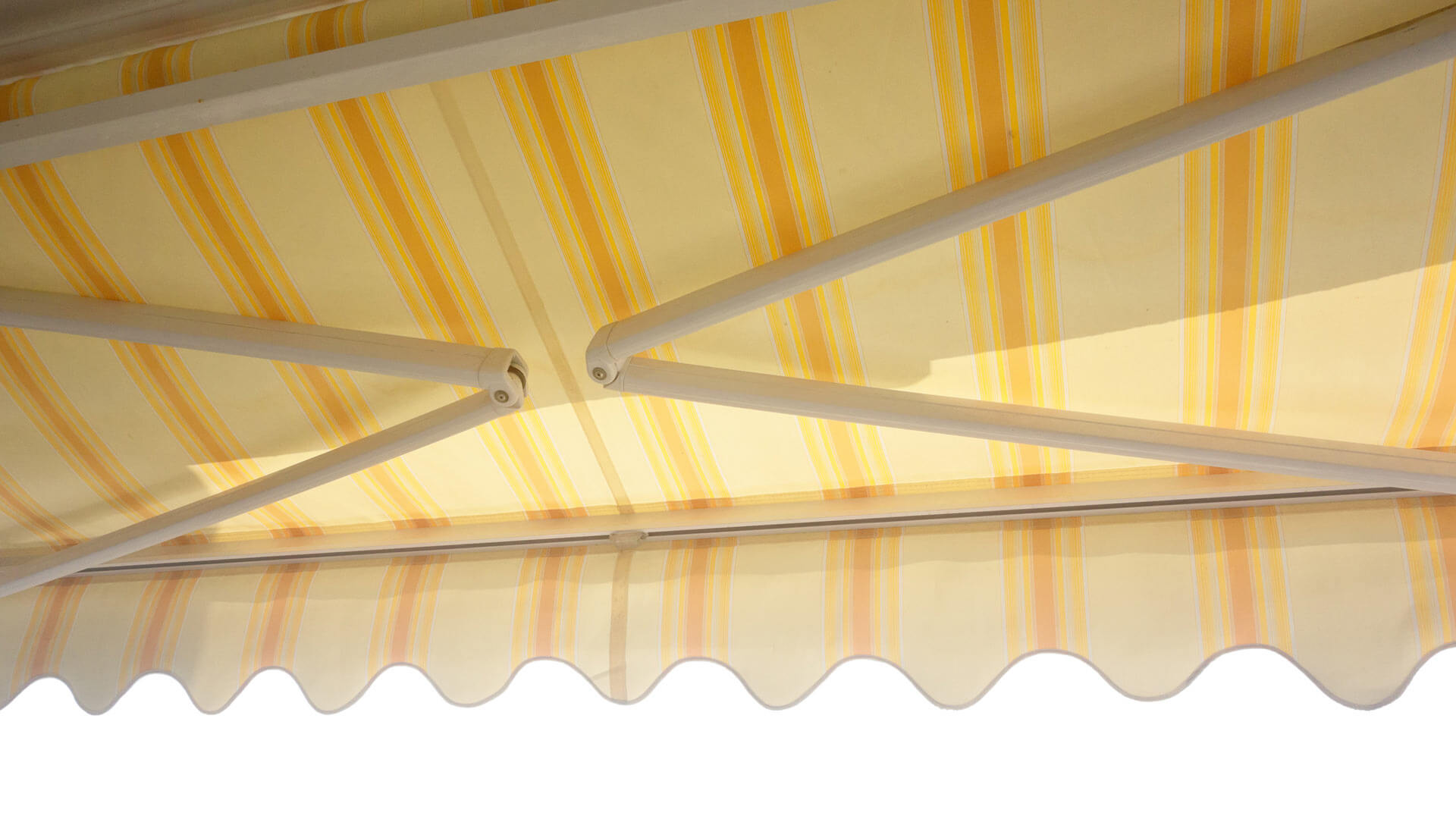 Which patio awnings